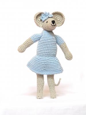Rozi - horgolt figura