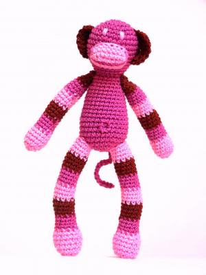 Horgolt majom - lány